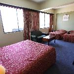 Family Suite (2 single beds)