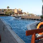 una de las tres piscinas