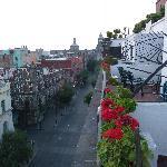 Sacada do apartamento 609, com vista da rua Isabel la Católica.