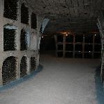 les caves, avec plusieurs allées