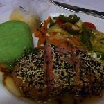 Tuna with wasabi mash (YUM) and grilled veggies