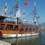 pirate ship cruise