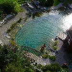 bagno nello stagno ecologico dell'hotel