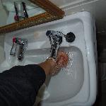 rubinetti acqua calda fradda divisi... :)