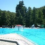 La piscina esterna, non dell'hotel