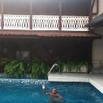 piscina coqueta del hotel
