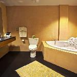 Sanijet brand tub in every room