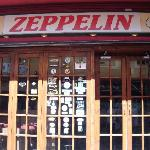Zeppelin rock bar!