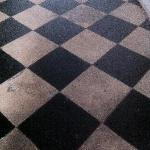 le sol de la chambre des voyageurs