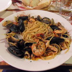 Espaguetis a la pescatora mmmm...
