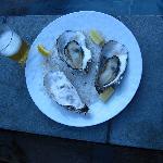 ルームサーヴィスの牡蠣、インクルーシヴのビール