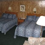Double Bedded Room - Standard Motel Room in Facility