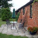 Mallard Cottage patio