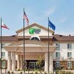 Holiday Inn Express Dinuba
