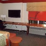 Full-room-width Desk/work space