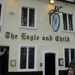 ‪Eagle and Child Pub‬