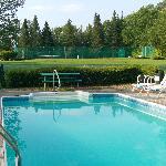 Pool @ Dexters Inn