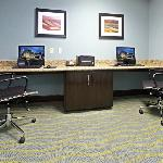 Photo de Holiday Inn Express Hotel & Suites Maumelle