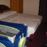 La culla impedisce l'apertura dell'armadio el'accesso al letto