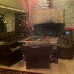 Photo de Skyline Lodge and Restaurant