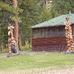 Cabin 4, Lewis and Clark Carvings