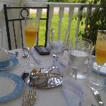 breakfast outside