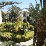 Un des jardins de l'hôtel