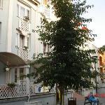 отель Erzebet центральный вход