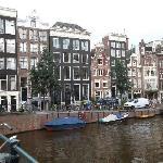 la tipica casa di amsterdam
