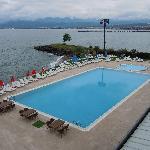 la piscina sul Mar Nero