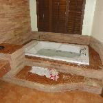 Our jacuzzi with comedy english translated instructions!