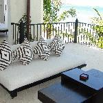 Beachfront Balcony Luxury Condo no 210