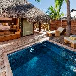 Deluxe Garden Pool Bungalows