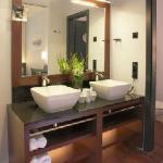 Concorde Hotel Frankfurt - junior suite bath