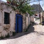 Piskopiano back street
