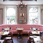 Pink banquette pod