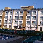 Hotel vista a la piscina