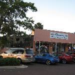Three restaurants in walking distance