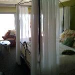 La camera fronte oceano
