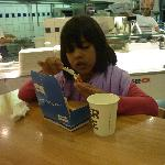 My daugther loved the shrimps... and the sauce is terrific!!!