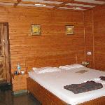 Cottage Lakefacing Room