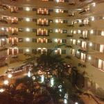 Photo de Embassy Suites by Hilton Tampa-USF/Near Busch Gardens
