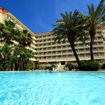 美麗海灘阿瓜酒店