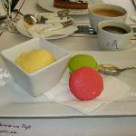 Yet another dessert choice, macaroons and sorbet