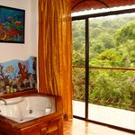 Mogote Suite Jacuzzi view to Manuel Antonio National Park jungle