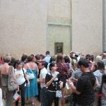 Mona Lisa Crowd
