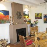Living Room/Indoor Breakfast Area