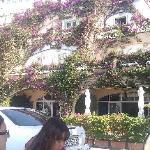Hotel Pasitea entry