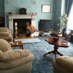 Bon Vista's Guest Lounge - SKY TV & Ocean View