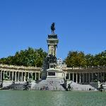 Alfonso's monument from our boat